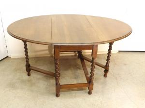 Mesas de comer antiguas restauradas