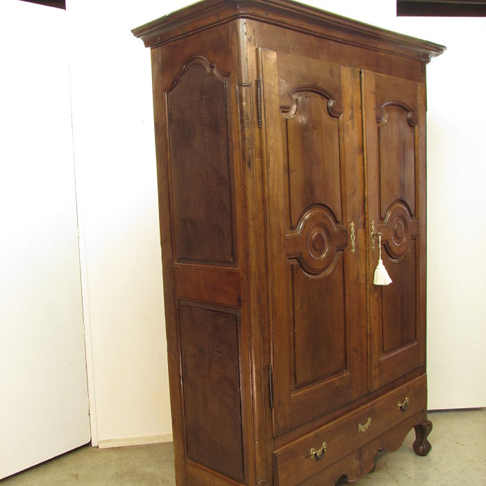 Armario antiguo restaurado muebles antiguos y r sticos a medida - Ropero antiguo ...