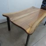 mesa de madera de nogal 1818