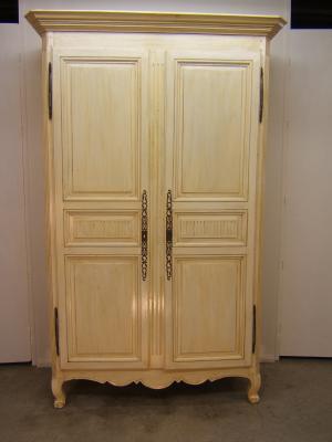 Zumadia armario antiguo pintado
