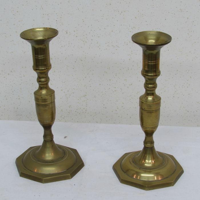 candelabros antiguos de bronce 231118