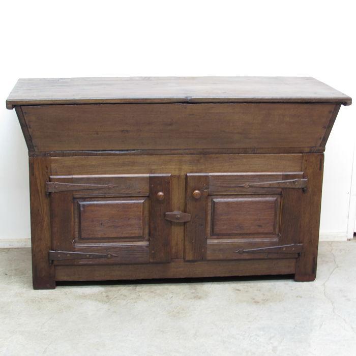 Artesa antigua restaurada 281019