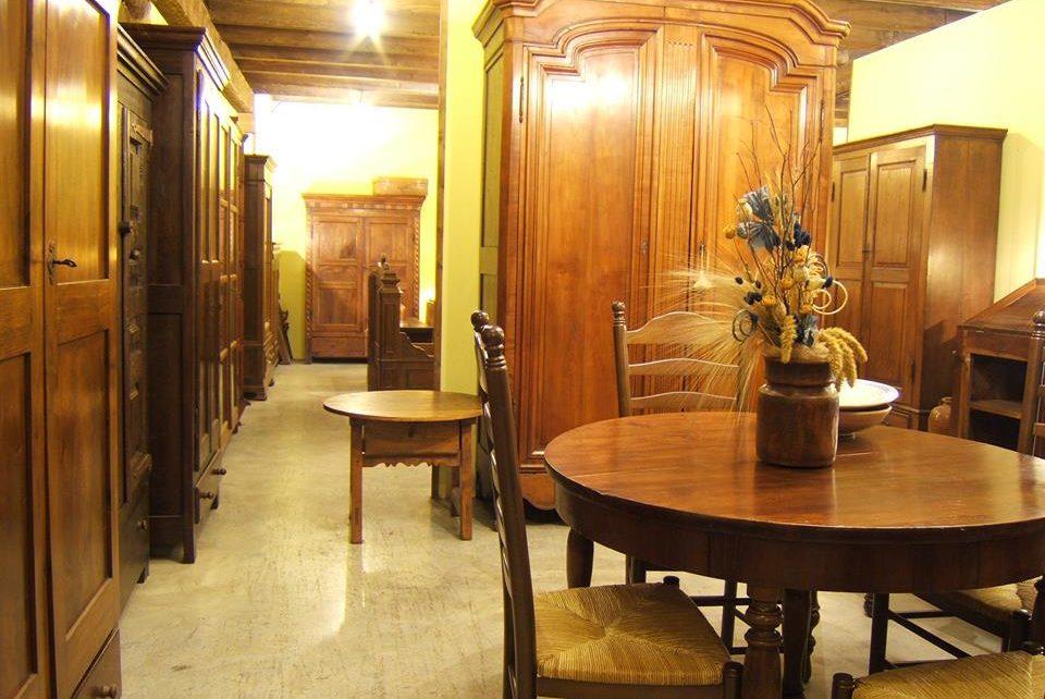 Muebles antiguos personales